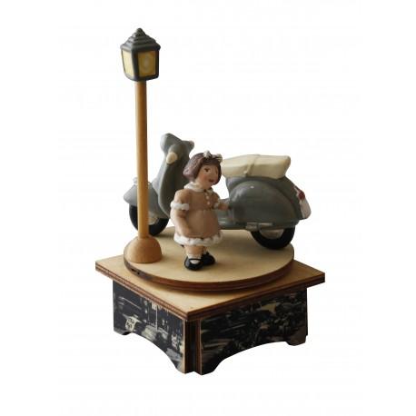 carillon bimba, per nascita, battesimo, compleanno, vespa legno e ceramica