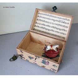 Carillon portagioie a bauletto con giocattolo girevole: cavallino a dondolo. Carillon artigianale per neonati e bambini. Idea re