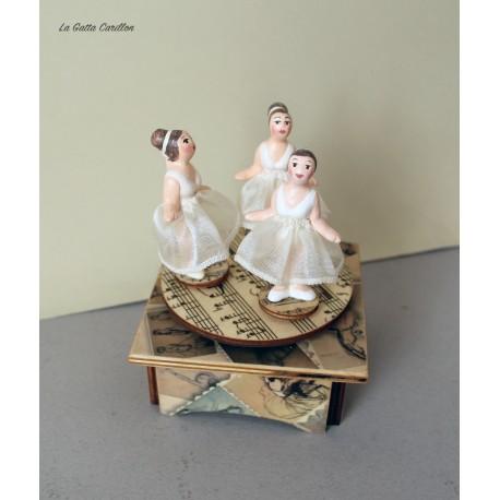 carillon in legno portagioie con ballerina, regalo per chi ama la danza e il balletto. personalizzabile.