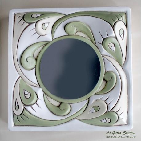 SPECCHIO da collezione in ceramica. Dipinto completamente a mano.