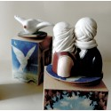 Surrealista, lampade e carillon
